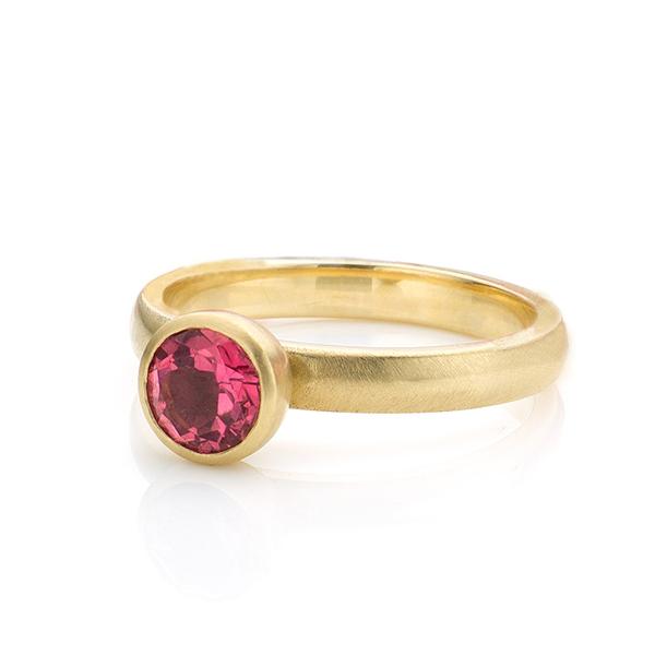 Atelier LUZ   Marike Hauser   Goudsmid   Edelsmid   Juwelier   Amsterdam   Sieraden   Trouwringen   Verlovingsringen