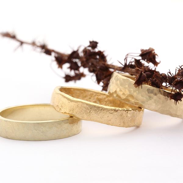 Handgemaakte trouwring voor man