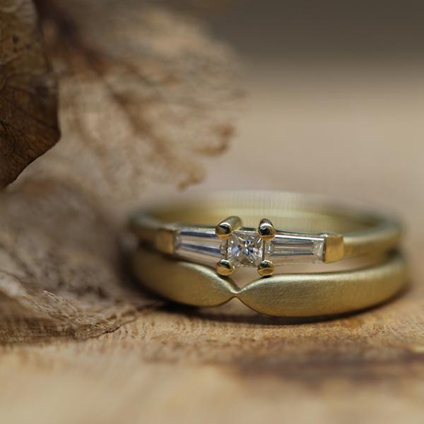 Handgemaakte verlovingsring van Atelier LUZ